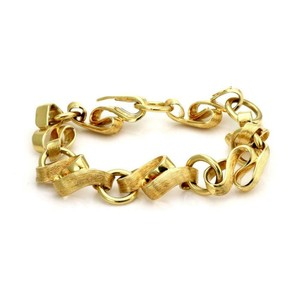 Henry Dunay Designs Textured Fancy Link Bracelet in 18k Yellow Gold