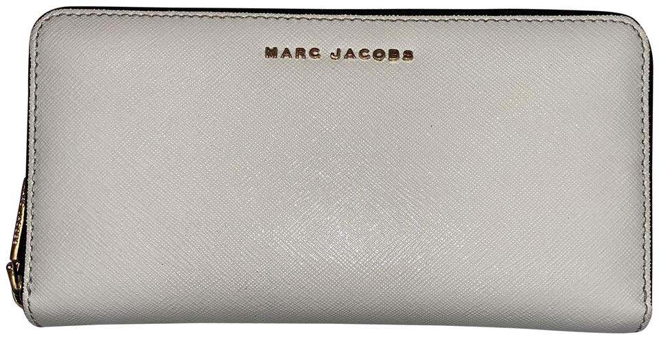 e15b6a573f Marc Jacobs White Dove/Navy Standard Continental Wallet - Tradesy