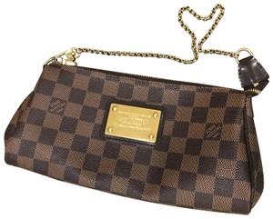 a34bd0b5489b Louis Vuitton Clutches - Up to 70% off at Tradesy