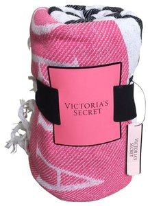 aee43458b9 Victoria s Secret on Sale - Up to 85% off at Tradesy