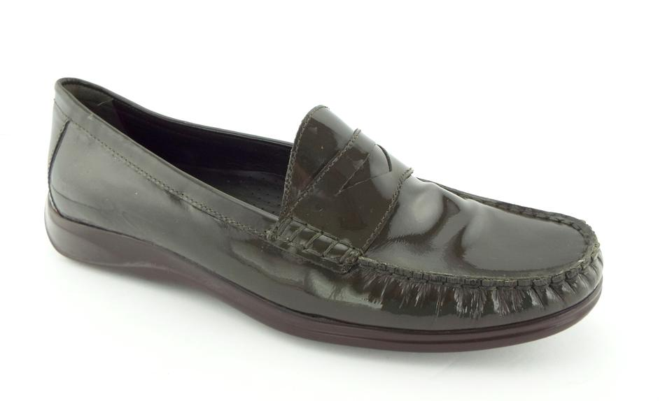 16cc1d4e1c6 Cole Haan Olive Green Patent Leather Nike Air Slip-on Penny Loafer Flats