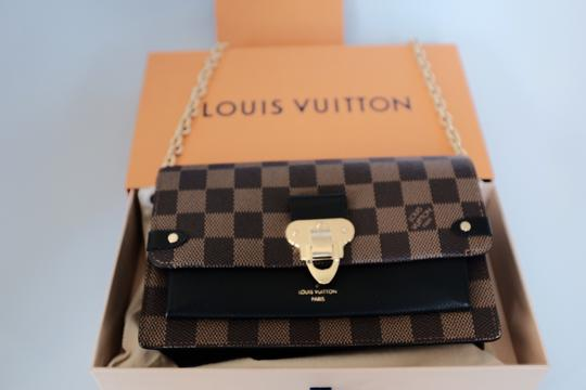 Louis Vuitton Lv Damierebene Leather Cross Body Bag Image 6