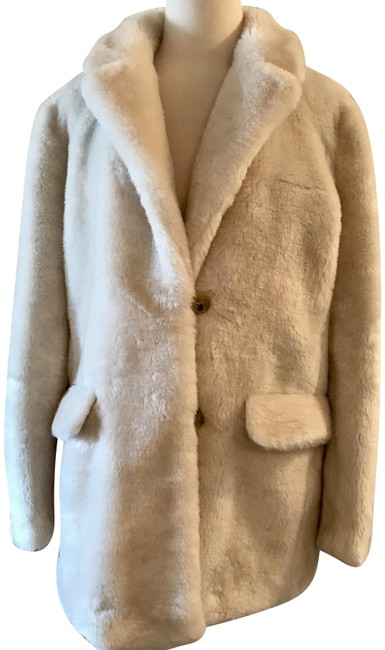 Item - Ivory The Teddy In Plush Fleece H2299 Coat Size 8 (M)