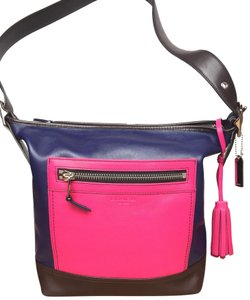 6d897b831bc5 Messenger Bags - Up to 90% off at Tradesy (Page 29)