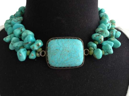 Preload https://img-static.tradesy.com/item/250875/turquoise-and-sterling-silver-vintage-necklace-0-0-540-540.jpg