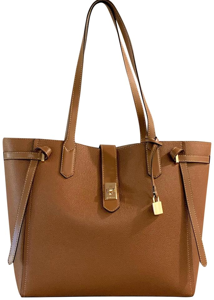 8e6bf8fff939 MICHAEL Michael Kors Cassie Large Luggage Brown Leather Tote - Tradesy