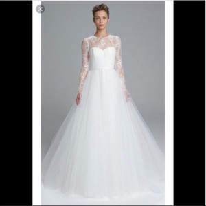 Amsale Lace and Tulle Formal Wedding Dress Size 6 (S)
