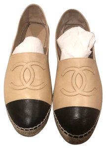 7262c4dfaf6873 Women s Beige Chanel Shoes - Up to 90% off at Tradesy