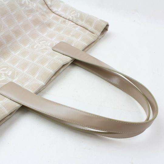 Chanel New Line Shopper Neverfull Tote in Beige Image 4