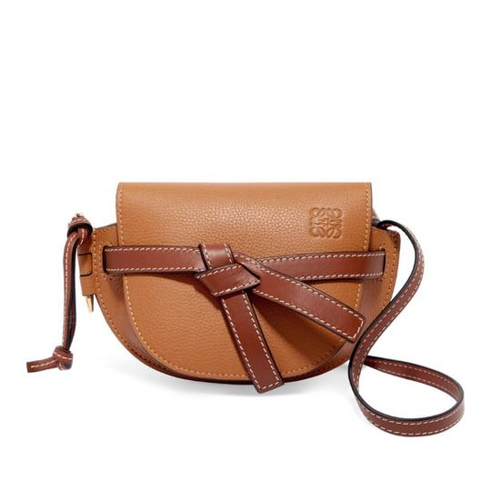 Preload https://img-static.tradesy.com/item/25090500/loewe-mini-gate-leather-cross-body-bag-0-0-540-540.jpg