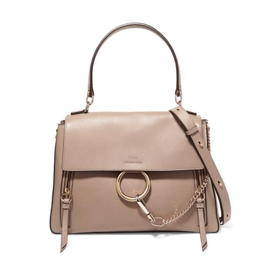 Preload https://img-static.tradesy.com/item/25090505/chloe-faye-large-day-leather-tote-shoulder-bag-0-0-540-540.jpg
