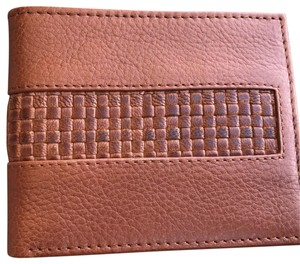 Tommy Bahama Luggage Tan Man's Wallet