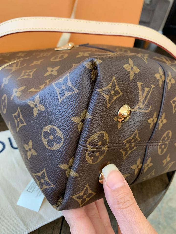 59033d1b38ce Louis Vuitton Wow Like New Being Discontinued Melie. Box Bow Dustbag ...