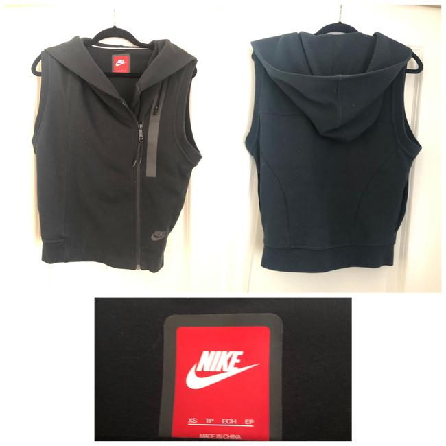 Item - Black Activewear Outerwear Size 2 (XS)