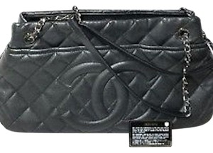 5aa4f7d75a0a Chanel Timeless Clutch - Up to 70% off at Tradesy (Page 2)