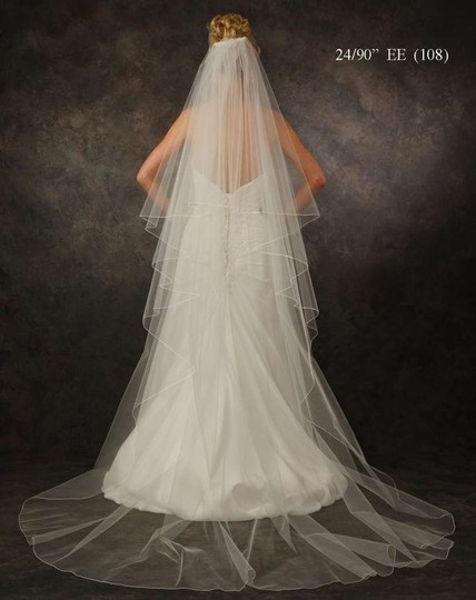 Preload https://item4.tradesy.com/images/jl-johnson-bridals-white-long-chapel-length-two-layer-bridal-veil-250943-0-0.jpg?width=440&height=440