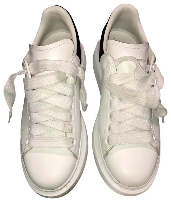 Item - White/Black And Oversized Sneakers Size EU 37.5 (Approx. US 7.5) Regular (M, B)