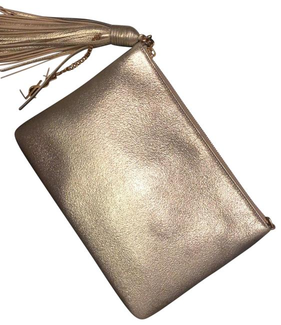 Item - With A Tassel Detail Gold Leather Cross Body Bag