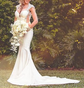 Galia Lahav Ivory Couture Dolce #1431 Illusion Lace Gown Sexy Wedding Dress Size 4 (S)