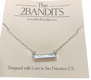 The 2bandits Iridescent bar necklace