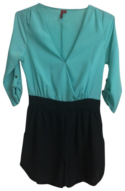 Preload https://img-static.tradesy.com/item/25096713/548-turquoise-and-black-silk-romper-shorts-size-4-s-27-0-3-650-650.jpg