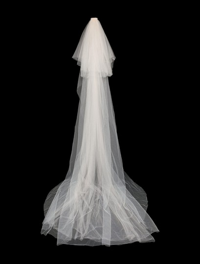 Galia Lahav Ivory and Blush Tulle Patchouli Sexy Wedding Dress Size 2 (XS) Image 4