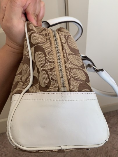 Coach Satchel in White and Tan Image 4