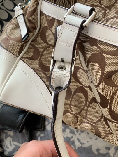 Coach Satchel in White and Tan Image 9