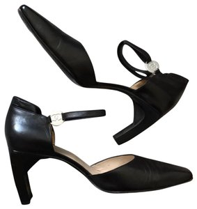 47b342aea98 Chanel Heels   Pumps on Sale - Up to 70% off at Tradesy