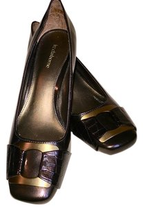 9fe757a83c3 Women s Liz Claiborne Shoes - Up to 90% off at Tradesy