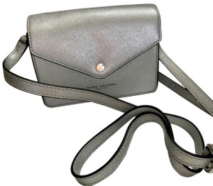 01660883b9b2 Marc Jacobs on Sale - Up to 80% off at Tradesy (Page 17)