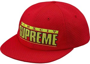 01cde214586 Supreme BRAND NEW MEN S SUPREME ZIG ZAG 6 PANEL RED ADJUSTABLE SNAPBACK  SS18 H
