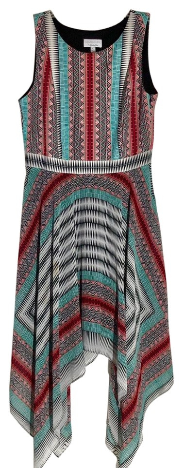 d235b580d5 Signature by Robbie Bee Colorful Mid-length Short Casual Dress Size ...