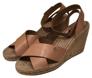 Tory Burch nude Wedges