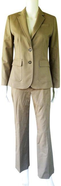 Item - Beige Career Pant Suit Size 2 (XS)