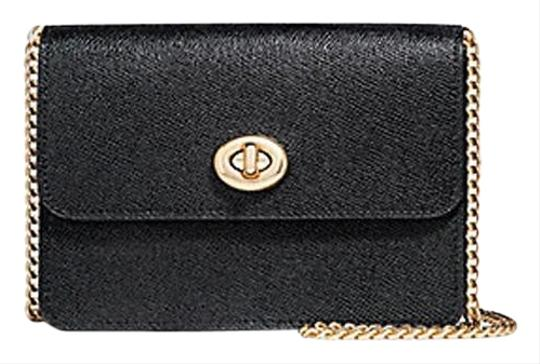 Preload https://img-static.tradesy.com/item/25100952/coach-bowery-f31387-black-leather-cross-body-bag-0-1-540-540.jpg