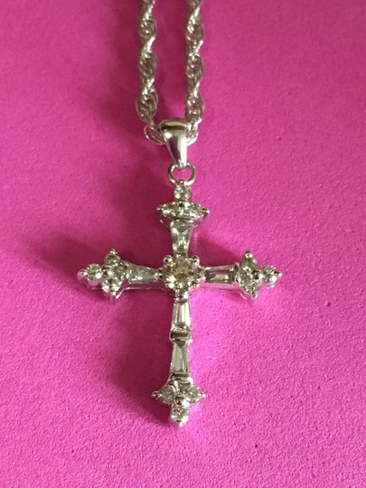 pendant 14k White Gold DIAMOND Cross Image 2