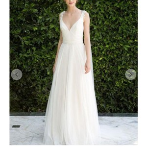 Bliss by Monique Lhuillier Tulle Beaded Formal Wedding Dress Size 10 (M)