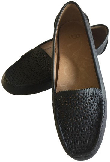 Preload https://img-static.tradesy.com/item/25101194/ugg-australia-black-clair-perforated-leather-flats-size-us-6-regular-m-b-0-1-540-540.jpg
