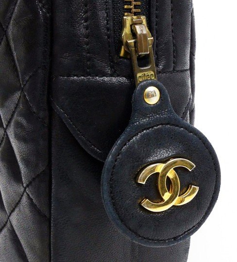 Chanel Vintage Lambskin Tote in Black Image 4