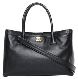 Chanel Calfskin Cerf Executive Tote in black