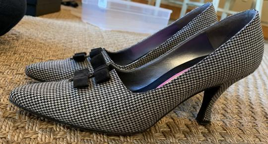 Susan Bennis/Warren Edwards Kittenheels Herringbone Pumps Image 2
