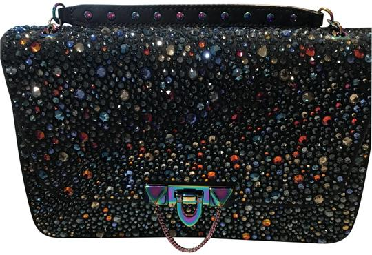 Preload https://img-static.tradesy.com/item/25101335/valentino-rockstud-demilune-small-crossbody-navy-suede-iridescent-hardware-clutch-0-4-540-540.jpg