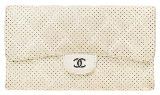 Preload https://img-static.tradesy.com/item/25101381/chanel-white-perforated-leather-continental-wallet-0-1-540-540.jpg