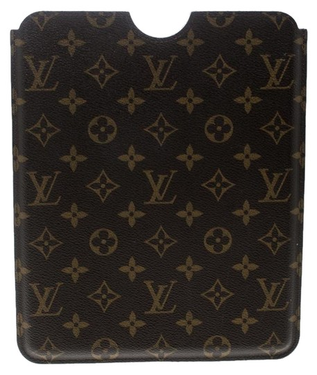 Preload https://img-static.tradesy.com/item/25101422/louis-vuitton-brown-monogram-canvas-ipad-case-tech-accessory-0-1-540-540.jpg