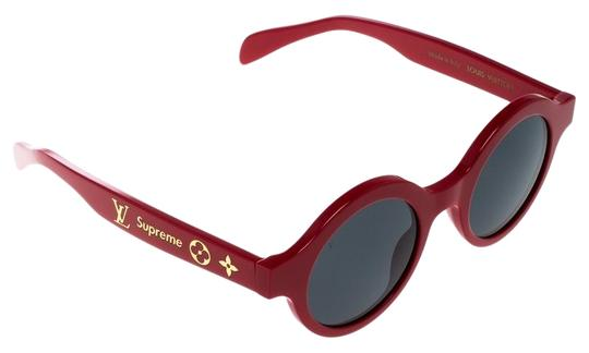Preload https://img-static.tradesy.com/item/25101529/louis-vuitton-red-x-supreme-red-black-z0989w-downtown-round-sunglasses-0-1-540-540.jpg