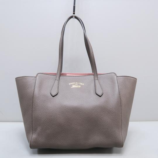 Gucci Calfskin Swing Small Tote in Taupe Image 1