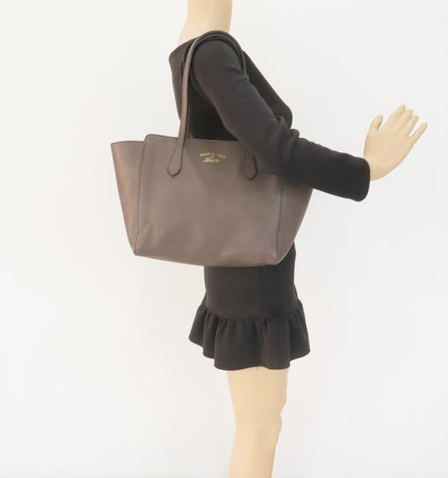 Gucci Calfskin Swing Small Tote in Taupe Image 11