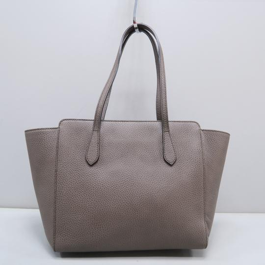 Gucci Calfskin Swing Small Tote in Taupe Image 2