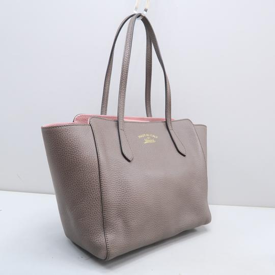 Gucci Calfskin Swing Small Tote in Taupe Image 3